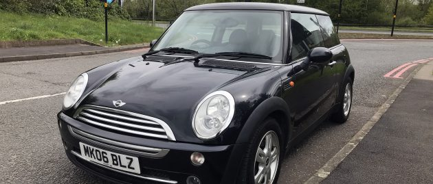 MINI COOPER 1.6 3dr Petrol. ONE OWNER FROM NEW. 12 Months MOT! In VERY GOOD condition!